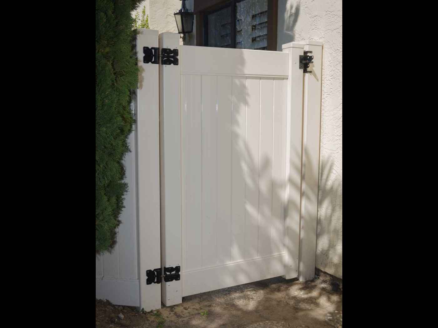 Multiple locations in san diego county fences and gates white kroy vinyl gate and hardware baanklon Gallery